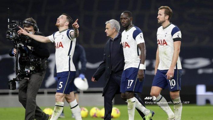 Misi 3 Poin yang Tidak Mudah Rotasi Skuat Mourinho Live Streaming Wolves vs Tottenham Liga Inggris